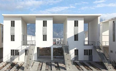 Alejandro aravena libera planos de sus proyectos sociales for Alejandro aravena arquitecto