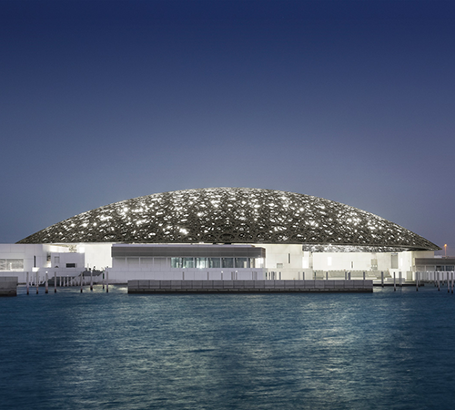 Así luce el increíble Museo de Louvre de Abu Dhabi