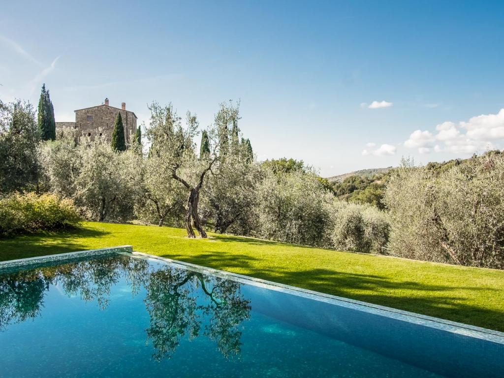 Tuscany_CastelloDiVicarello_02