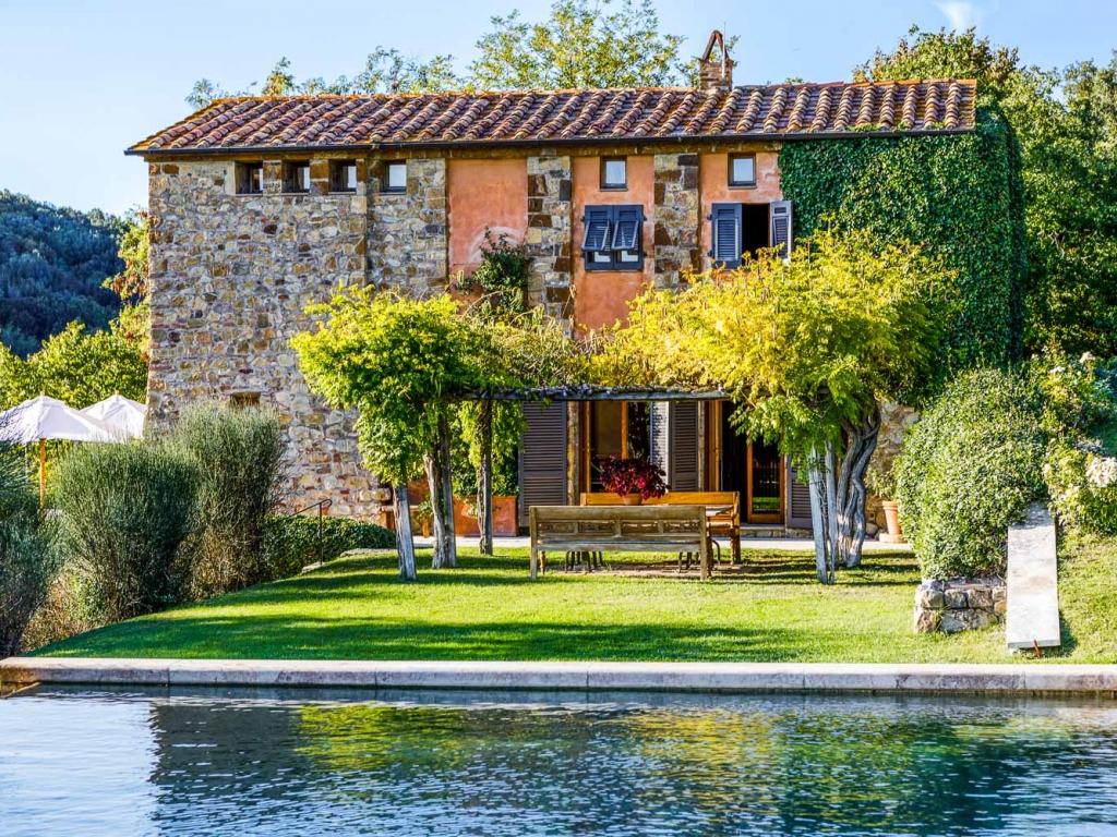 Tuscany_CastelloDiVicarello_14